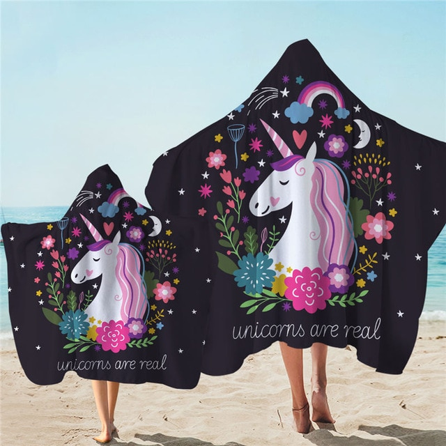 Objets indispensable pour la plage piscine licornegéante unicornhuge hugeunicorn plage beach inflatable swimming pool party girl blog article meilleur